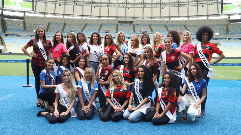 Candidatas do Miss Brasil Next Generation visitam o Maracanã