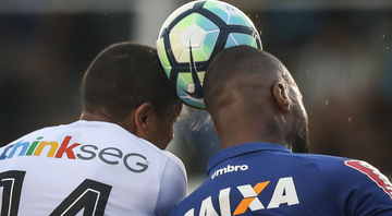 Cruzeiro e Santos podem travar disputa por lateral do Guarani - GettyImages