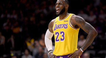 LeBron James comanda a vitória dos Lakers na NBA - GettyImages