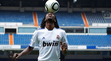 Adebayor jogou pelo Real Madrid entre 2009 e 2012 - Getty Images