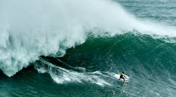 Campeão do Nazaré Challenge, surfista é confirmado no BBB20 - GettyImages