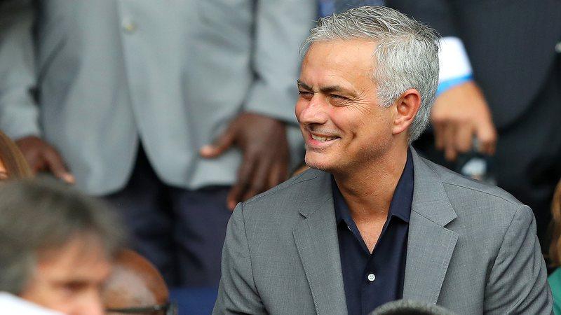 O regresso dos fãs é uma 'sensação boa' - José Mourinho