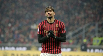 Lucas Paquetá discute com Ibrahimovic - Getty Images