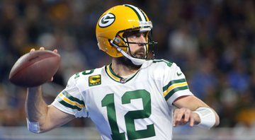 Aaron Rodgers, dos Packers, está novamente nos playoffs - GettyImages