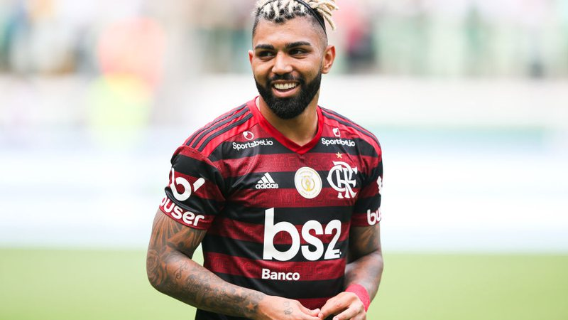 Gabigol com a camisa do Flamengo