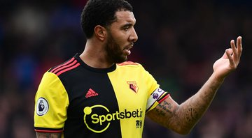 Deeney também já se posicionou contra o retorno da Premier League no momento - Getty Images