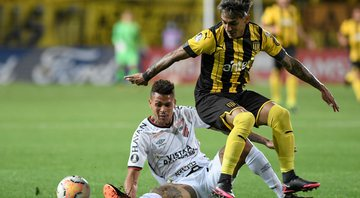 Peñarol vence o Athletico PR, no Uruguai - GettyImages