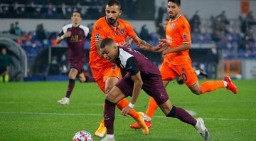 Istanbul Basaksehir e PSG duelaram na Champions League - GettyImages