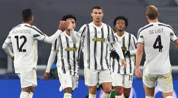 Juventus sai atrás e vira na Champions League - Getty Images