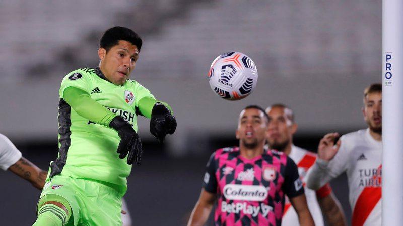 Sportbuzz · Com Enzo Pérez no gol e sem reservas, River vence o Santa Fe e  assume a liderança do Grupo D da Libertadores
