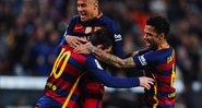Daniel Alves posta tbt ao lado de Neymar e Messi - Getty Images