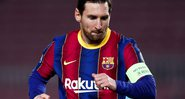 Figo, ídolo português avalia permanência de Messi no Barcelona e dispara - GettyImages