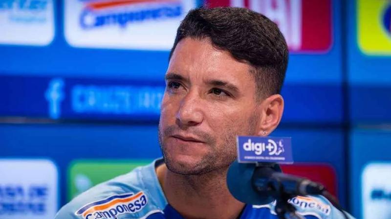 Thiago Neves, meio-campista